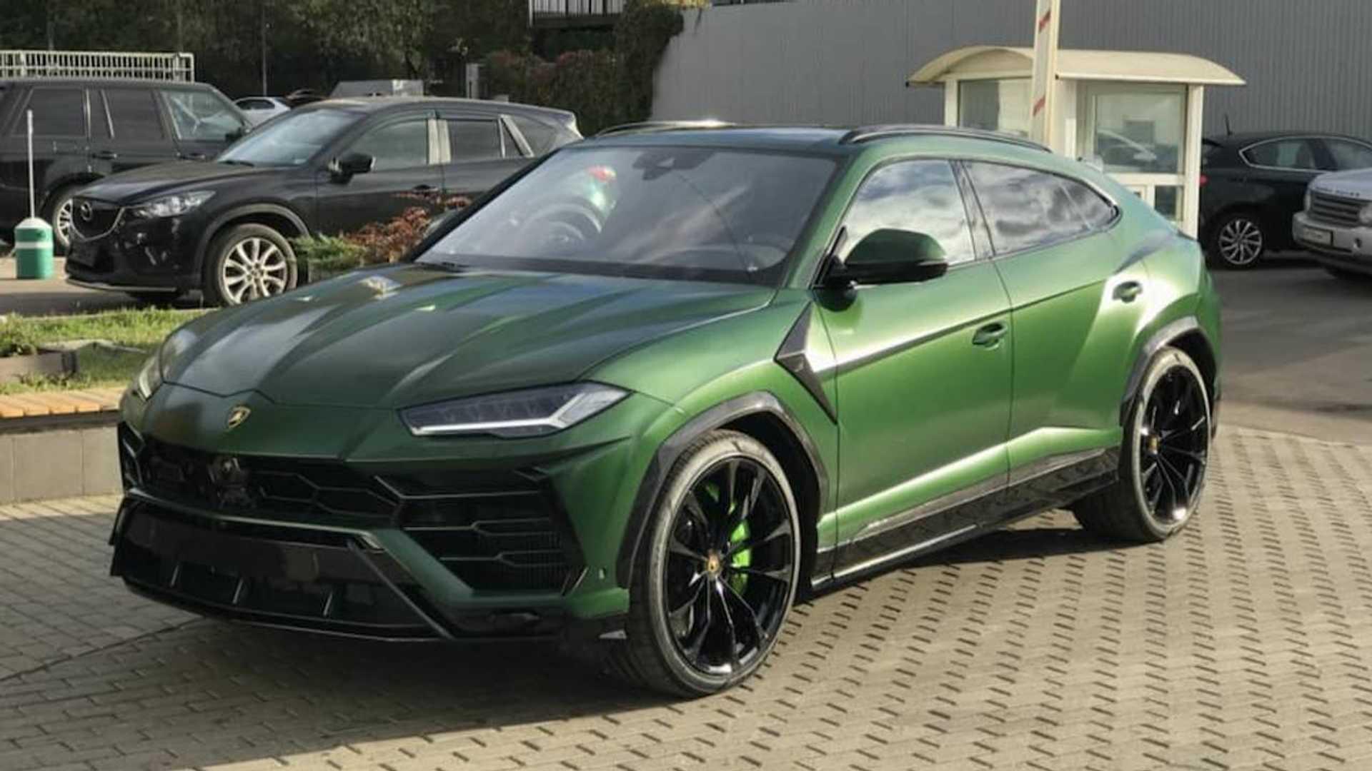 Le Lamborghini Urus Devient Plus Menacant Grace A Topcar Design