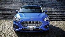 Ford Focus Garage: approfondimento