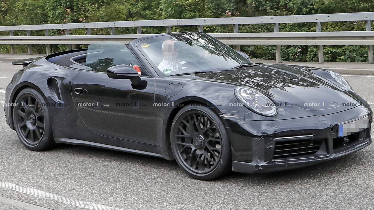 next porsche 911 turbo convertible spied rolling with its. Black Bedroom Furniture Sets. Home Design Ideas