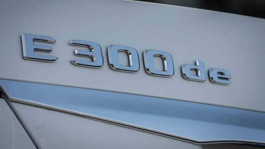 Mercedes E 300 de Saloon