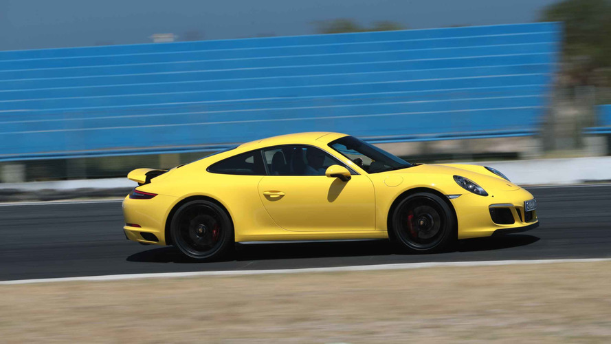 2017 Porsche 911 Review