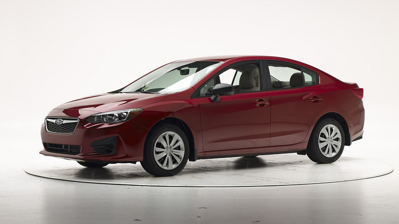 2017 Subaru Impreza IIHS crash test