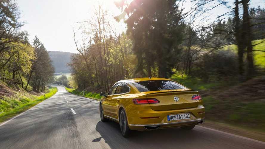 Így gyorsul a Volkswagen Arteon (0-223 km/h)