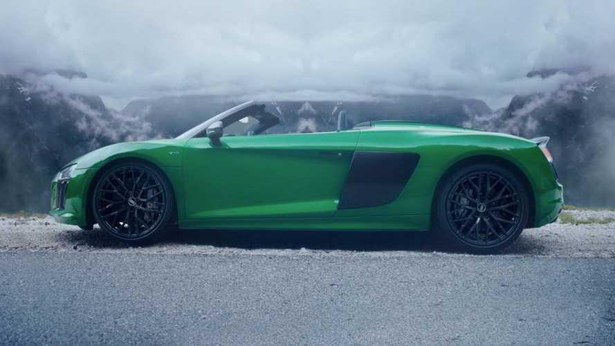 Audi R8 Spyder V10 Plus'ın reklamı başınızı döndürecek