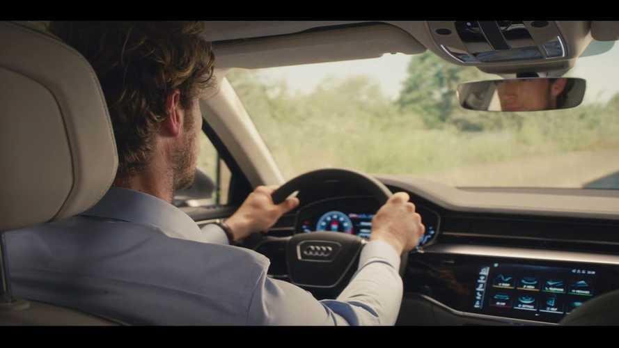 2018 Audi A8 teaser'ı gösterge paneline bakış sunuyor