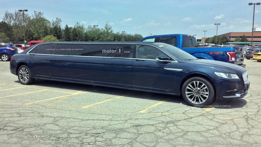 Extra-Long Lincoln Continental Limo Spied