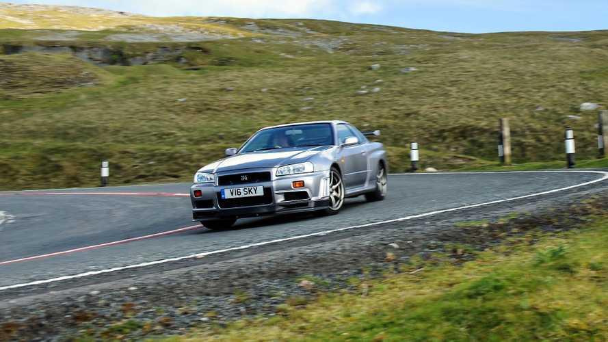 Nissan, R33 ve R34 Skyline GT-R için yeni parçalar üretiyor