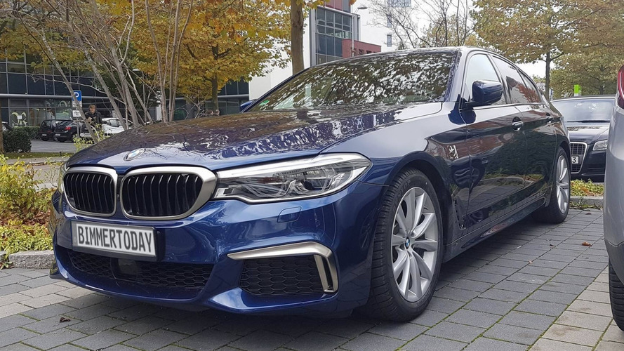 2017 BMW M550i xDrive'a yakından bakın