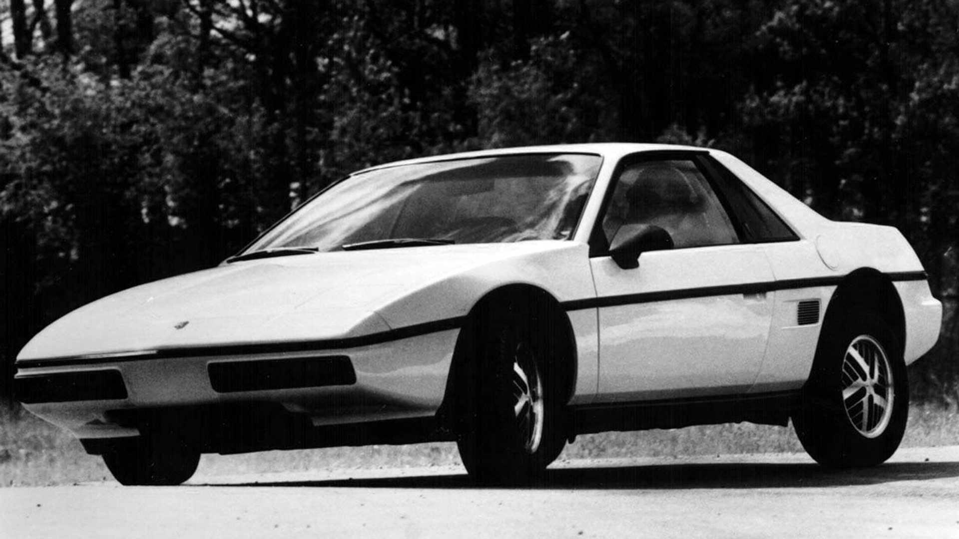 Worst Sports Cars Pontiac Fiero