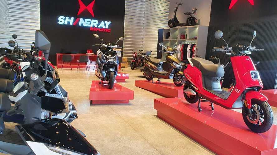 Shineray abre loja e aposta em financiamento de motos elétricas