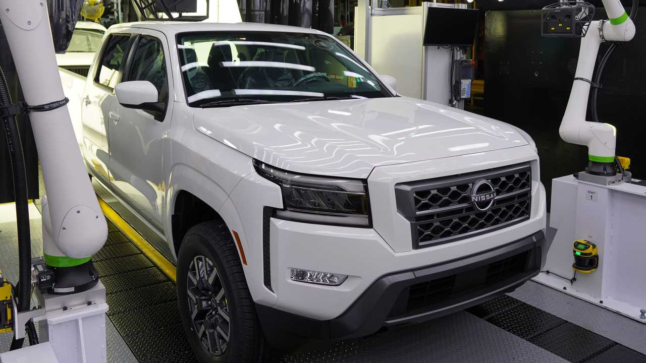 Nissan Frontier 2022 EUA - Fábrica