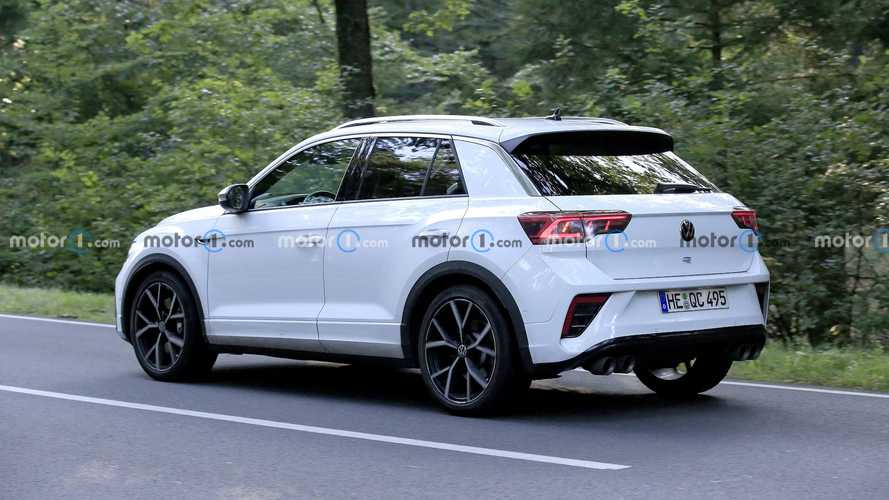 Now it's time for VW T-Roc R facelift to show itself in spy shots