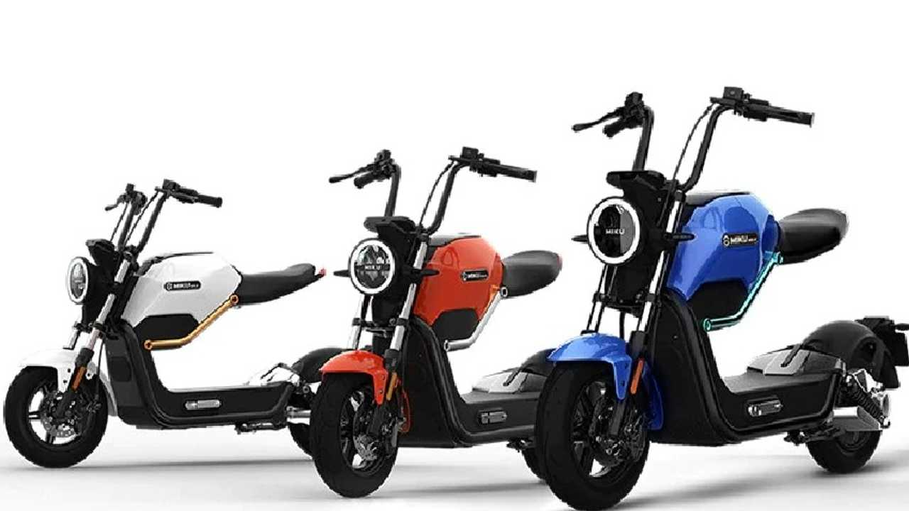 Add Some Style To Your Commute With The Sunra Miku Max E-Scooter