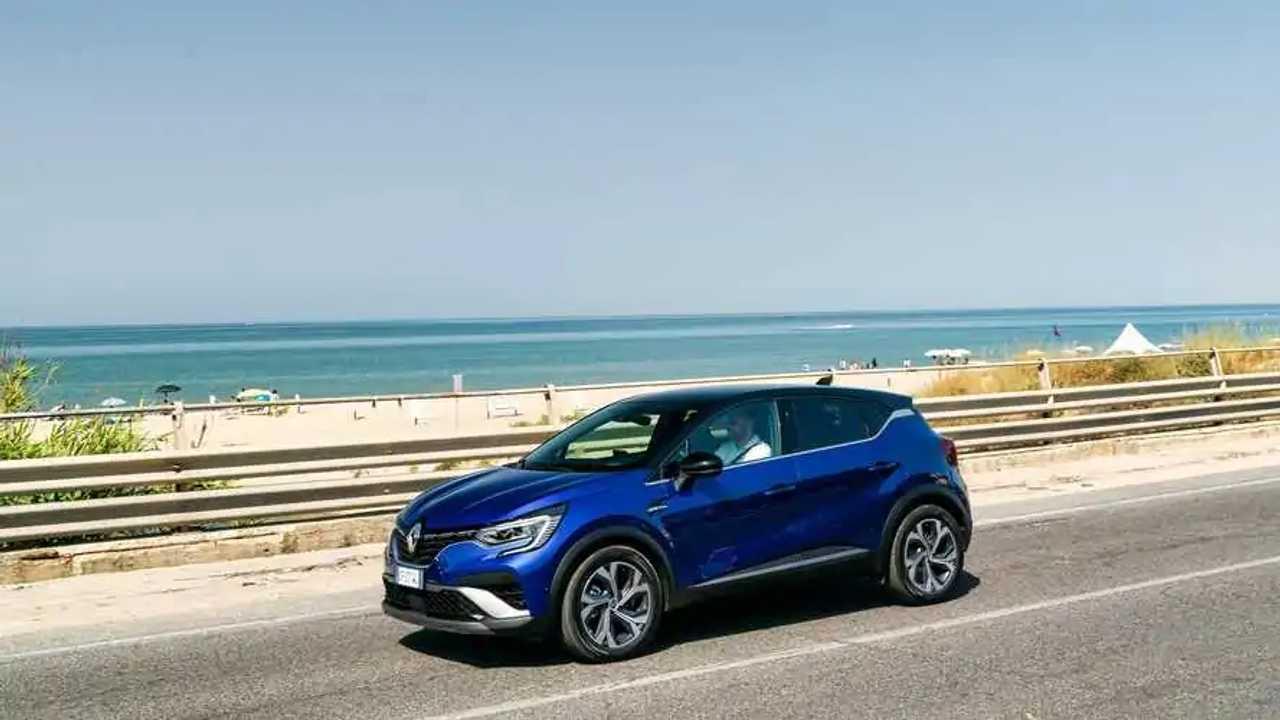 3 - Renault Captur E-Tech - 941 km