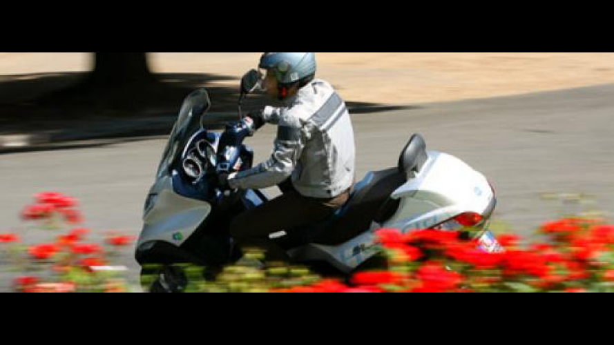 Piaggio MP3 Hybrid - TEST