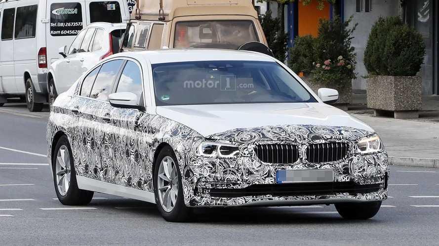 2017 BMW 5 Serisi Sedan daha çok detayla karşımızda