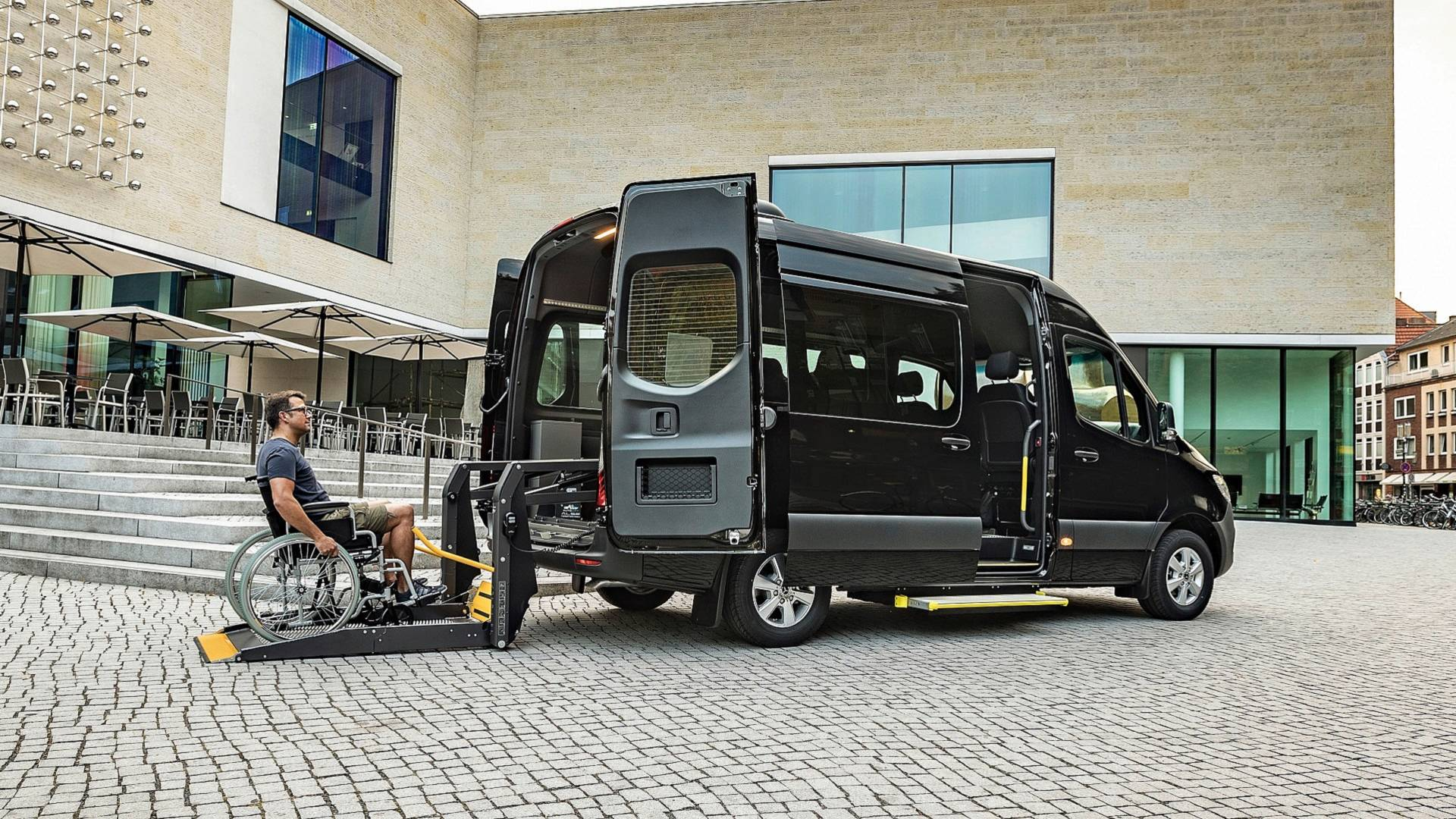 Mercedes Unveils New Sprinter-Based Minibuses