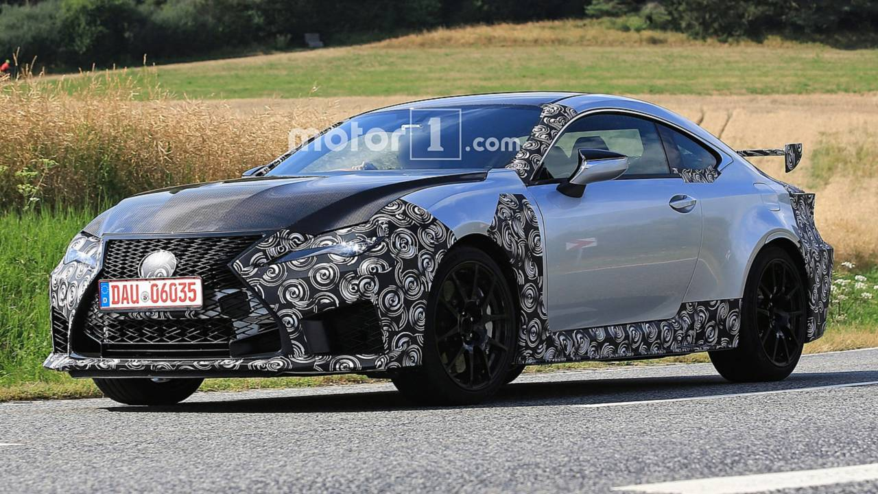Lexus RC F GT
