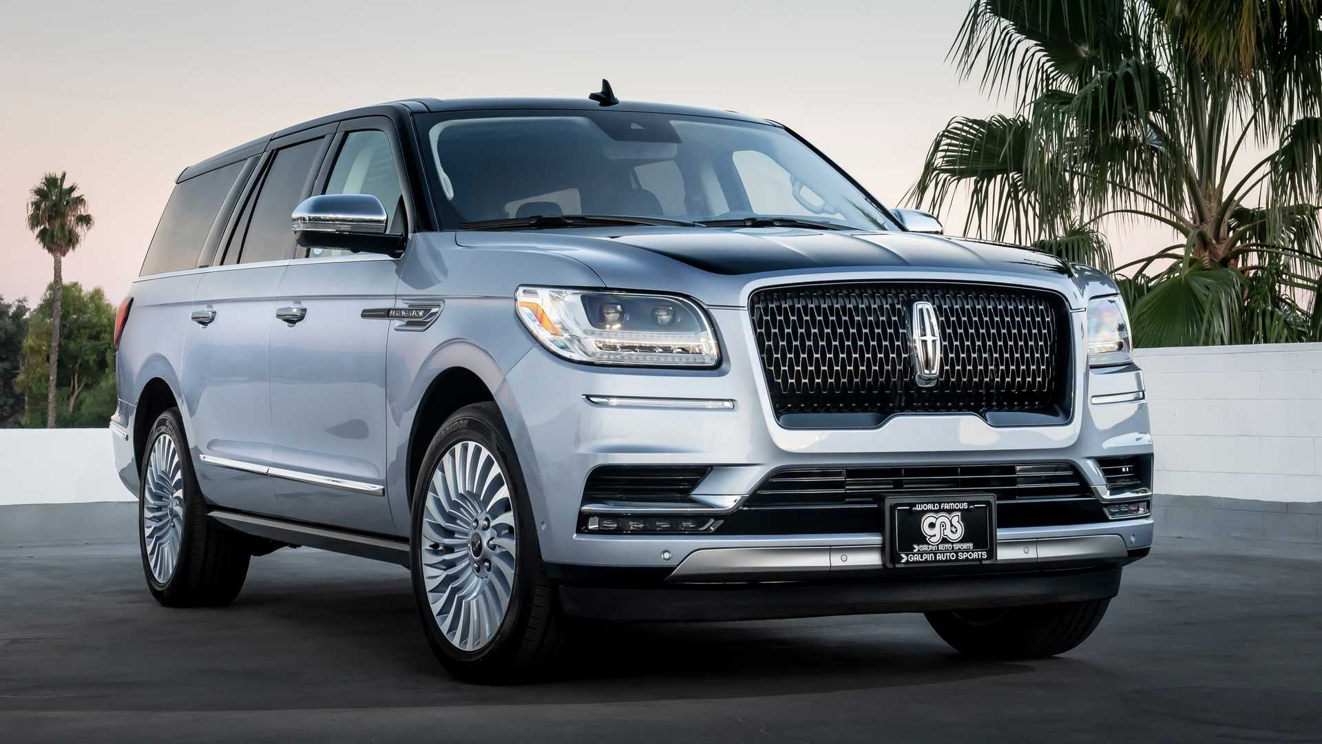Lincoln Navigator Black Label Gets Custom Touch For Jay Leno At Sema