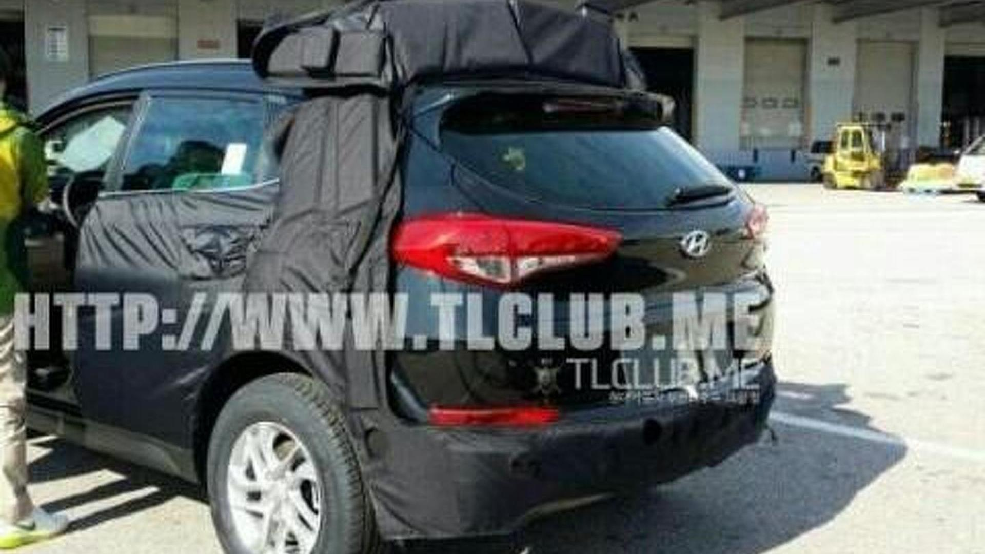 2016 Hyundai ix35 / Tucson spied in South Korea including interior ...
