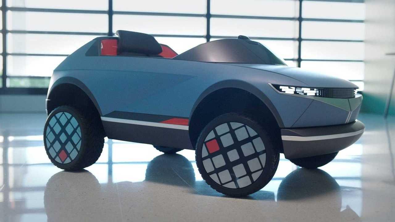Hyundai, ecco l'auto elettrica più piccola del mondo, ispirata alla concept 45