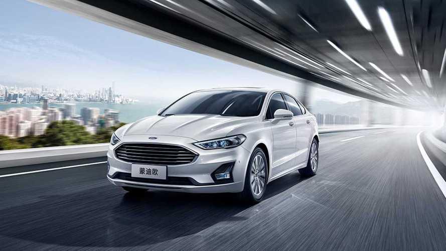 Ford Mondeo makyajlandı, Çin pazarında yaşamaya devam ediyor