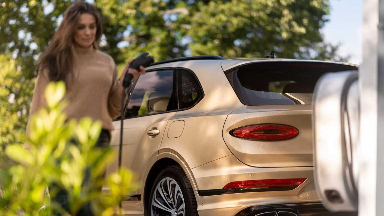Первым электромобилем Bentley станет кроссовер на платформе Audi
