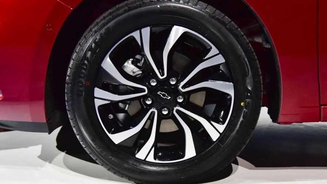 Chevrolet Monza 2019