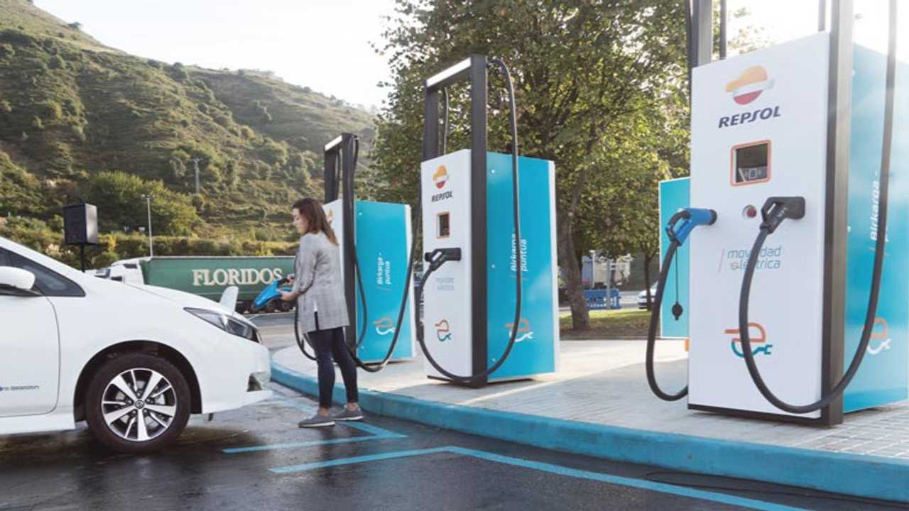 Repsol and Ibil strengthen their position in electric vehicle charging
