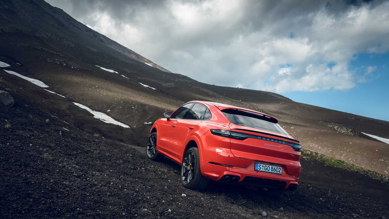 Porsche Kamchatka Camp