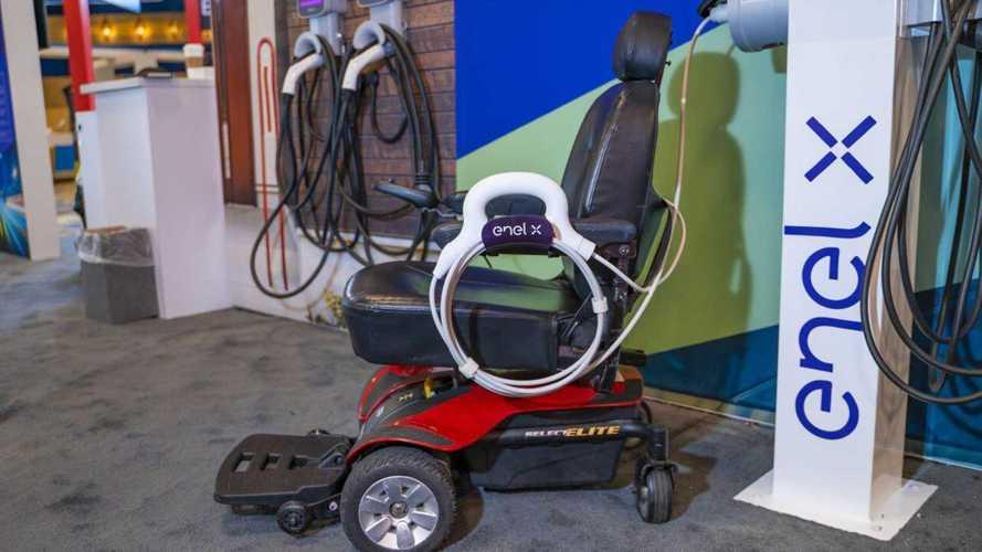 Enel X: al CES la soluzione per caricare le sedie a rotelle elettriche