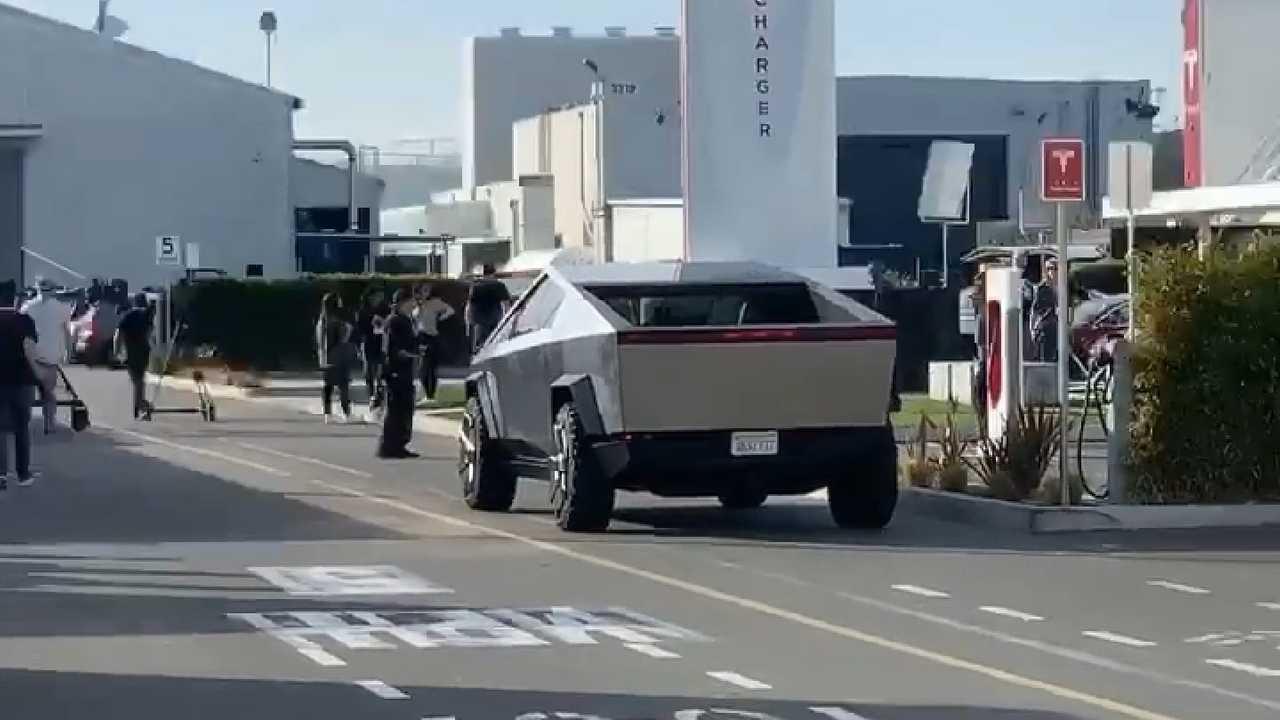 Jay Leno Drives Tesla Cybertruck