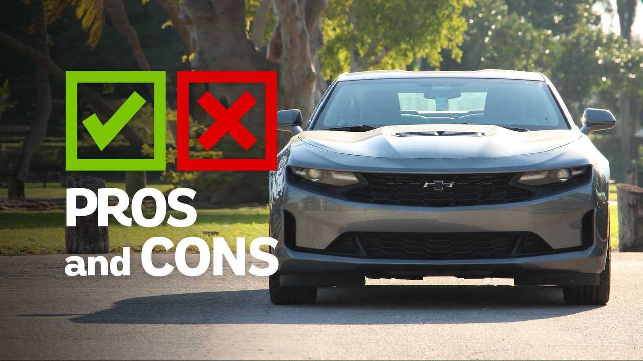 2020 Chevrolet Camaro LT1: Pros And Cons