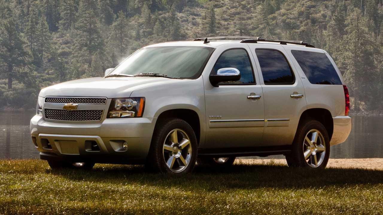 2010 Chevrolet Tahoe LS: $10,727