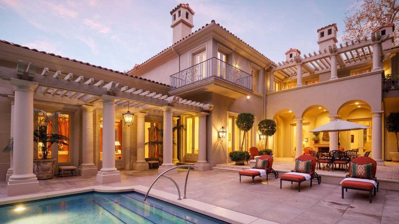 La casa de Lee Iacocca en California se vende por $ 26 millones 17