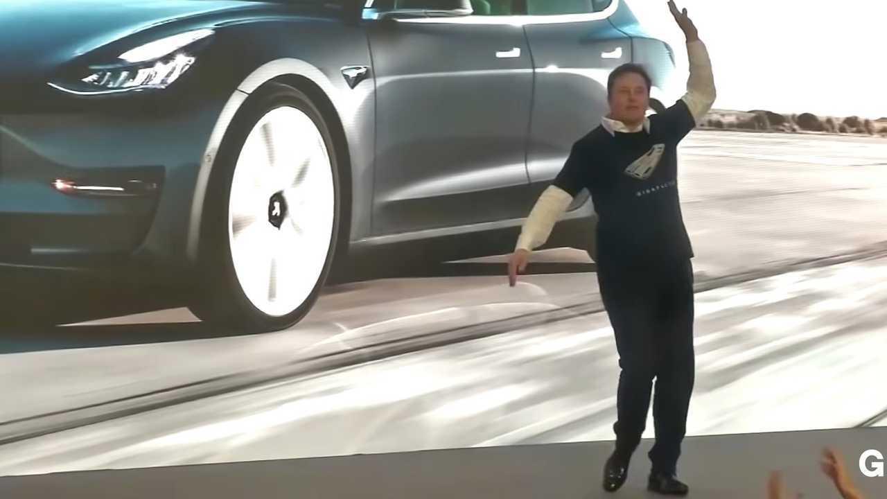 Elon Musk - Dancing