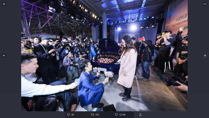 Cérémonie livraison Tesla Model 3 Chine