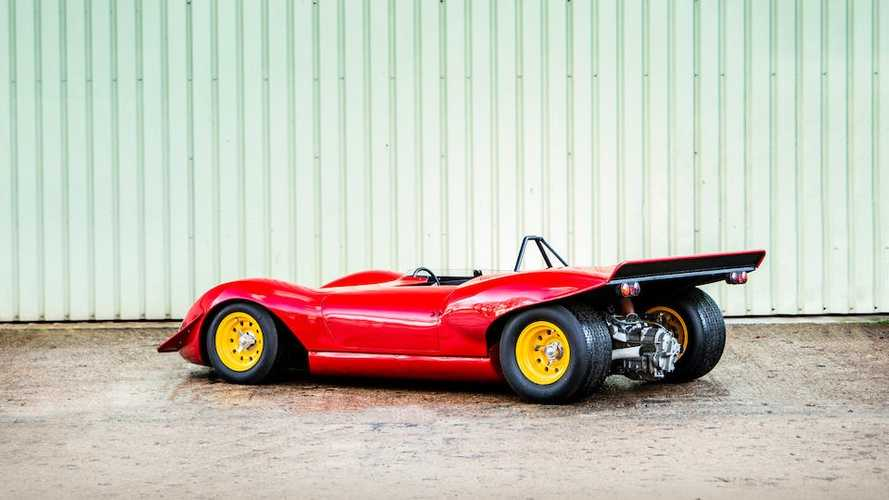 Eladóvá vált egy 1966-os Ferrari Dino versenyautó