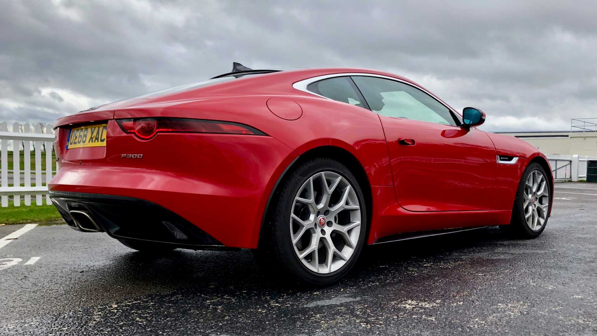 "[""Jaguar F-Type P300""]"