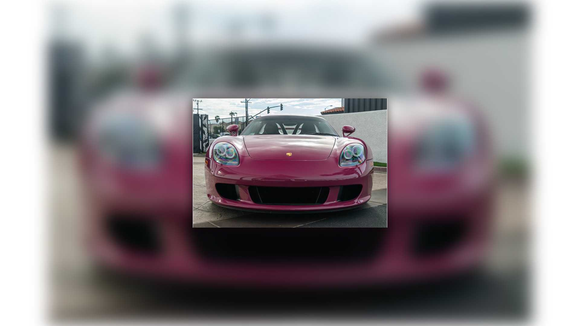 """[""""iLusso Rubystone Red Porsche Carrera GT""""]"""