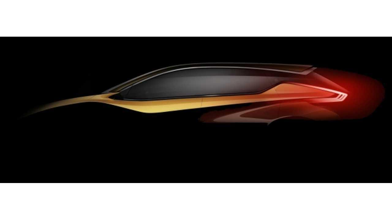 Nissan Reveals Hybrid-Electric Resonance Concept
