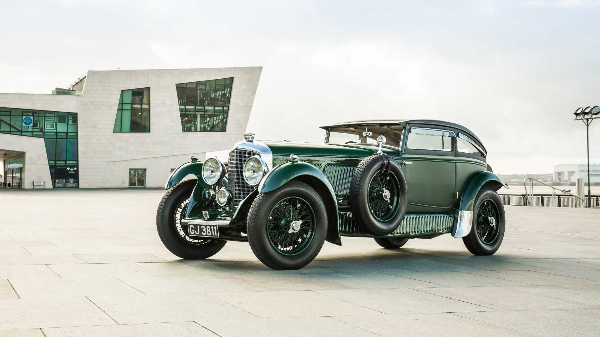 "[""Bentley Speed Six Blue Train""]"