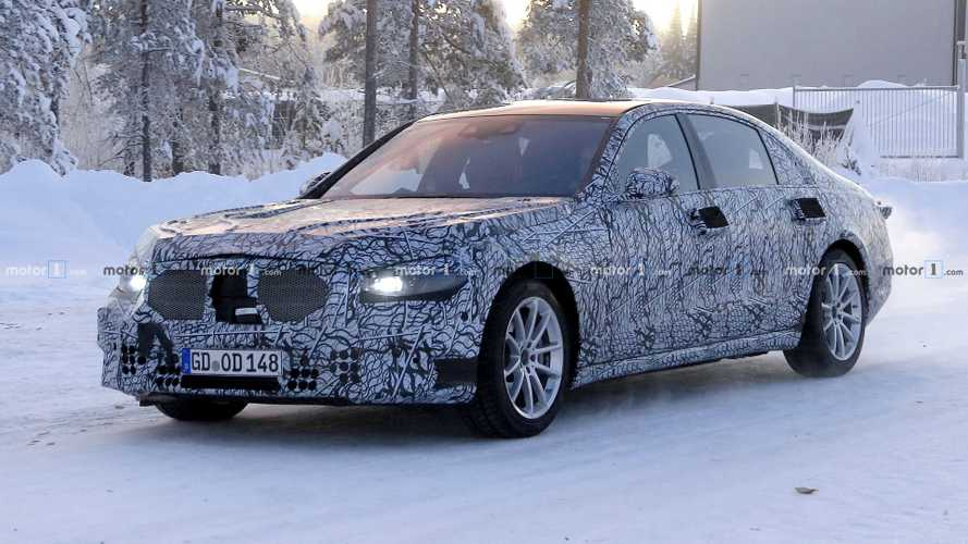 2020 Mercedes S-Class spotted up close near the Arctic Circle
