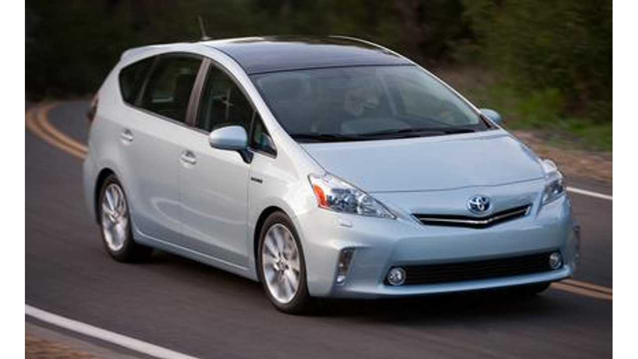 2012-toyota-prius-v-first-drive-review-car-and-driver-photo-403592-s-429x262