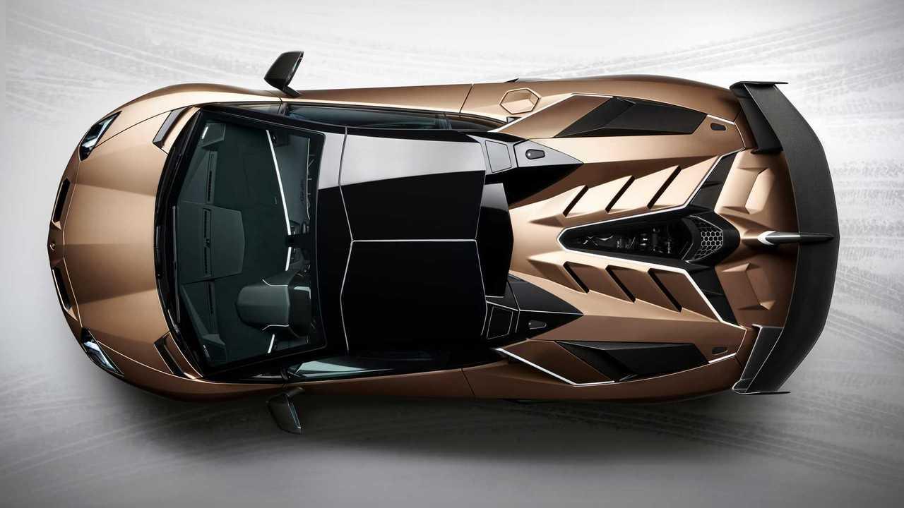 2019 Lamborghini Aventador SVJ Родстер