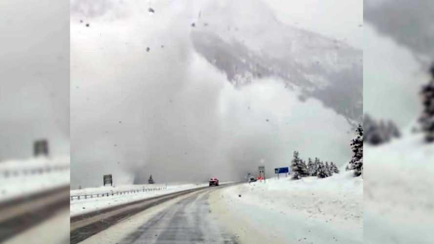 Avalanche Caught By Motorist Is Beautiful And Scary