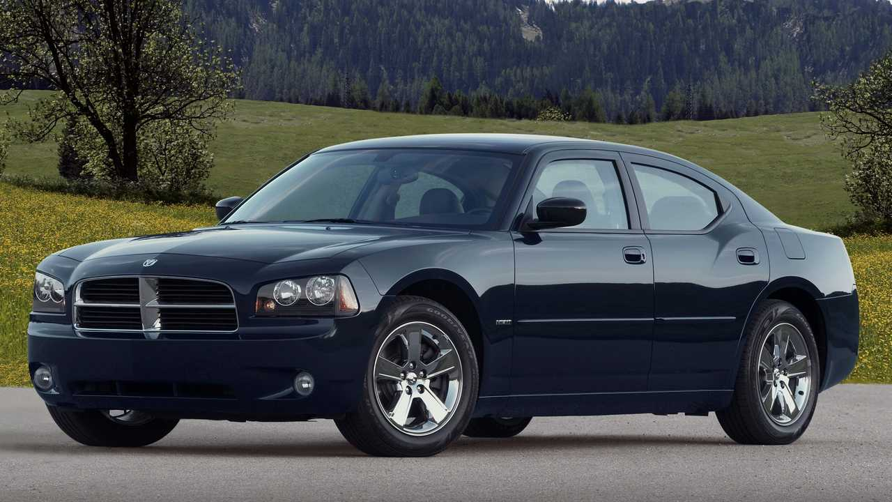2010 Dodge Charger R/T: $8,110