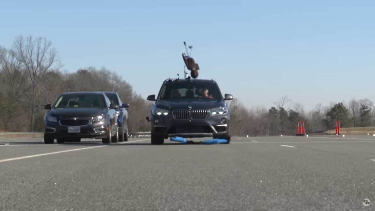 bmw x1 scores epic fail in new iihs pedestrian crash test. Black Bedroom Furniture Sets. Home Design Ideas