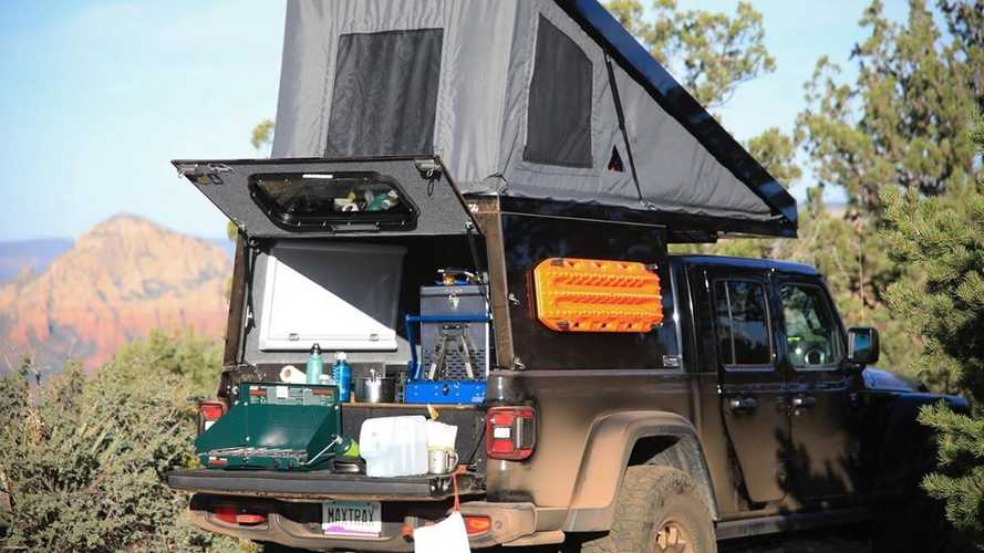Jeep Gladiator AT Summit Habitat Camper