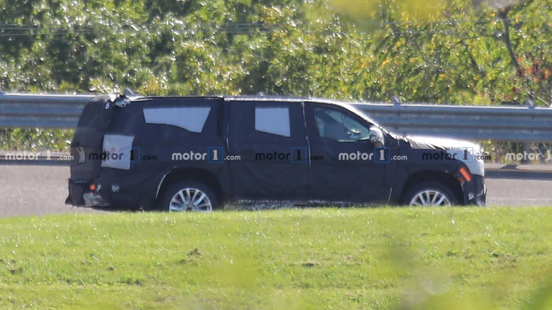 2020 - [Cadillac] Escalade V 2021-cadillac-escalade-spy-photos